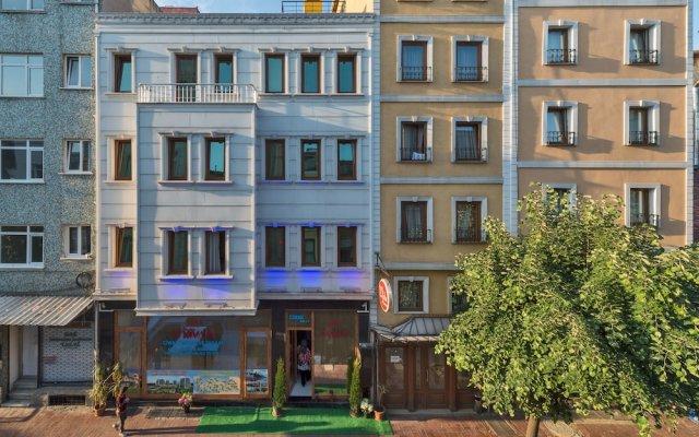 Отель Raimond вид на фасад