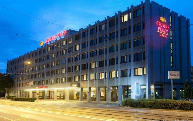 Отель Crowne Plaza Zürich Швейцария, Цюрих - 2 отзыва об отеле, цены и фото номеров - забронировать отель Crowne Plaza Zürich онлайн вид на фасад