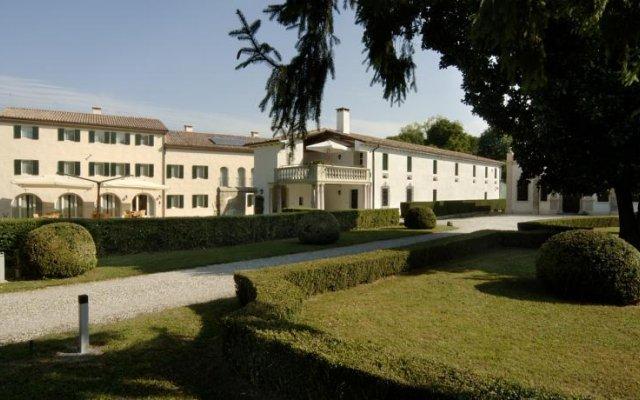 Отель Villa Toderini Кодонье вид на фасад