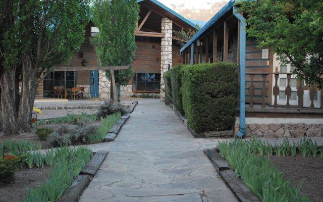 Отель Best Western The Lodge at Creel Мексика, Креэль - отзывы, цены и фото номеров - забронировать отель Best Western The Lodge at Creel онлайн вид на фасад