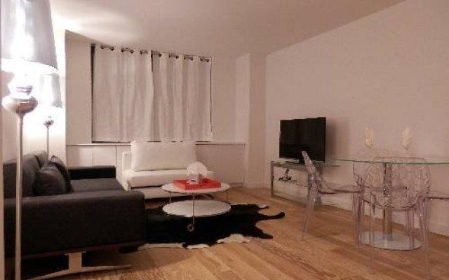 Отель The G Suites комната для гостей