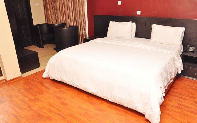 Отель Bienvenue Suites комната для гостей