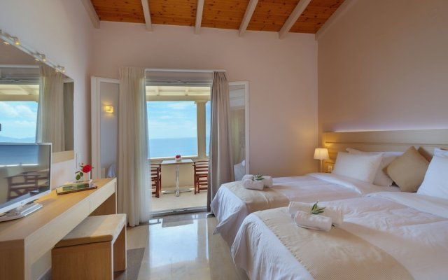 Апартаменты Krouzeri Beach Apartments комната для гостей