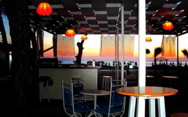 Отель Pishat E Buta Албания, Голем - отзывы, цены и фото номеров - забронировать отель Pishat E Buta онлайн