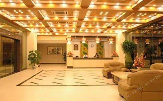 Xinken Hostel интерьер отеля