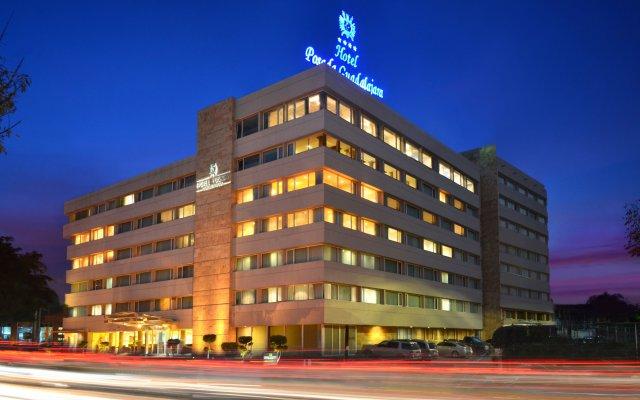 Hotel Posada Guadalajara вид на фасад