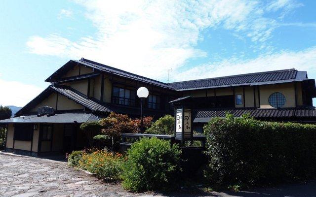 Отель Sansou Tanaka Хидзи вид на фасад