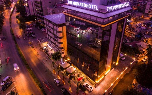 The Monard Hotel вид на фасад