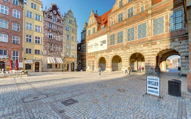 Отель Dom & House Apartments Old Town Dluga Польша, Гданьск - отзывы, цены и фото номеров - забронировать отель Dom & House Apartments Old Town Dluga онлайн вид на фасад