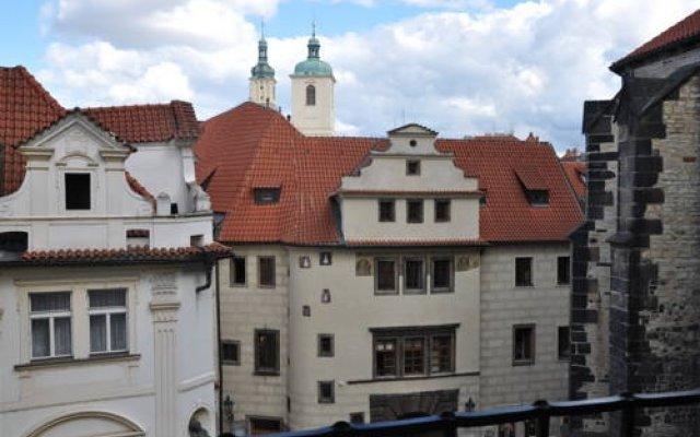 Отель Cerny Slon Чехия, Прага - 2 отзыва об отеле, цены и фото номеров - забронировать отель Cerny Slon онлайн вид на фасад