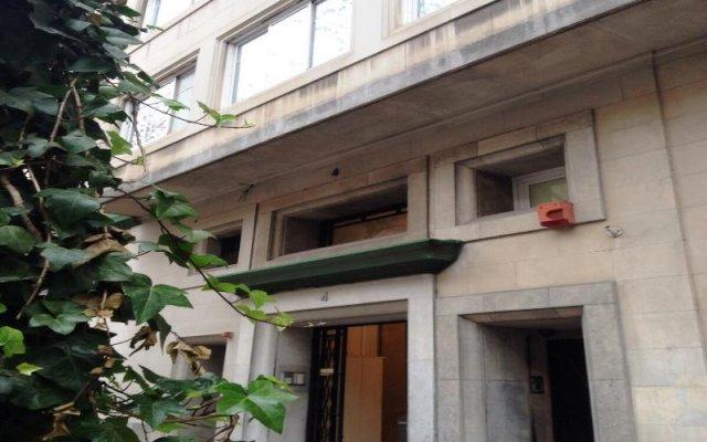 Отель AinB B&B Eixample-Muntaner вид на фасад
