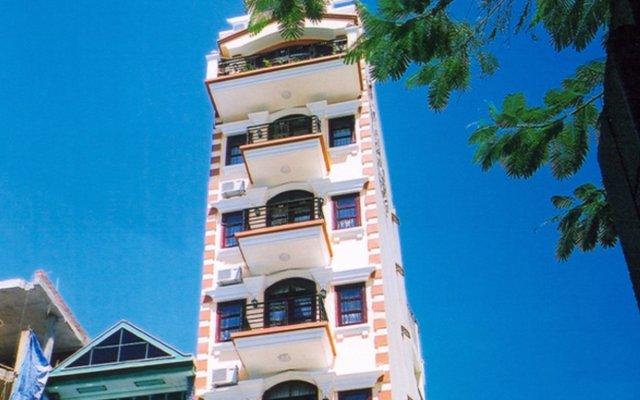 Отель Kim Ngan Нячанг вид на фасад