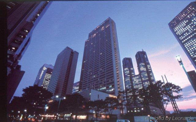 Keio Plaza Hotel Tokyo Premier Grand Токио вид на фасад