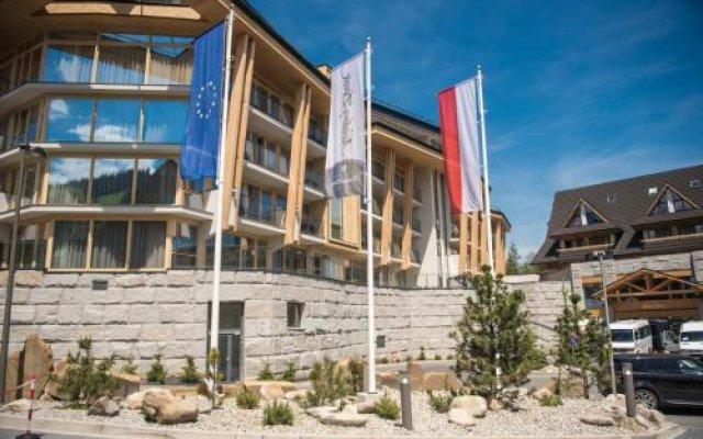 Отель Rezydencja Ii Nosalowy DwÓr Польша, Закопане - отзывы, цены и фото номеров - забронировать отель Rezydencja Ii Nosalowy DwÓr онлайн вид на фасад