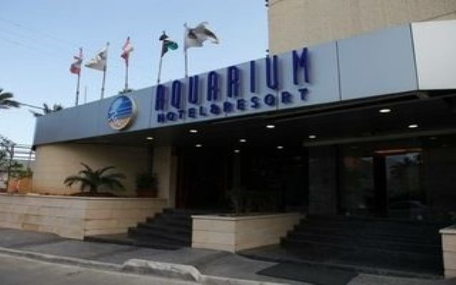 Aquarium Hotel & Resort вид на фасад