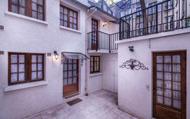 Отель De Senlis Франция, Париж - 1 отзыв об отеле, цены и фото номеров - забронировать отель De Senlis онлайн вид на фасад
