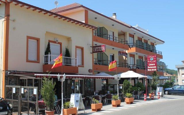 Отель Hostal Flor de Quejo Испания, Арнуэро - отзывы, цены и фото номеров - забронировать отель Hostal Flor de Quejo онлайн вид на фасад