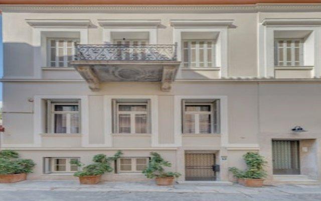 Neoclassical apartment next to Acropolis