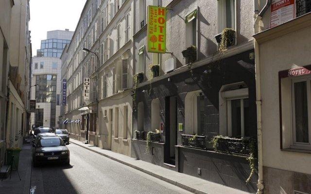 Отель Bel Oranger Gare De Lyon вид на фасад
