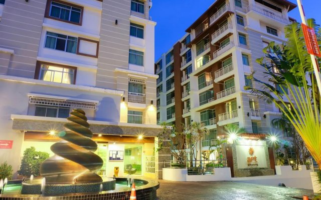 Отель iCheck inn Residences Patong вид на фасад