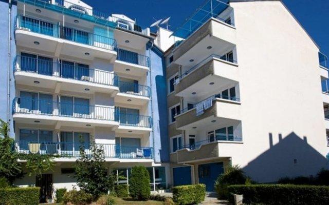 Отель Elvira Hotel Болгария, Равда - отзывы, цены и фото номеров - забронировать отель Elvira Hotel онлайн вид на фасад
