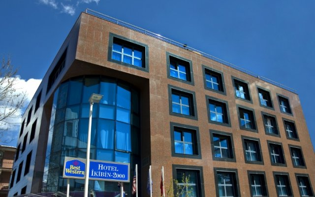 Best Western Hotel Ikibin-2000 вид на фасад