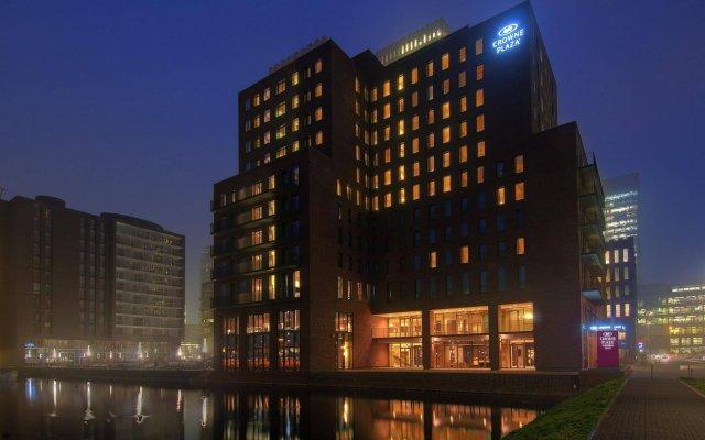 Отель Crowne Plaza Amsterdam South вид на фасад