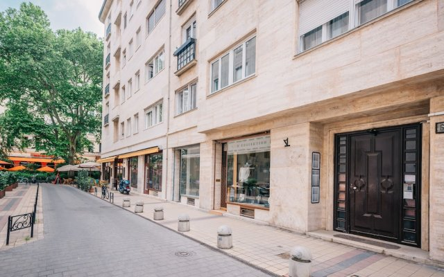 Апартаменты Oasis Apartments at Paulay Ede Street II Будапешт вид на фасад
