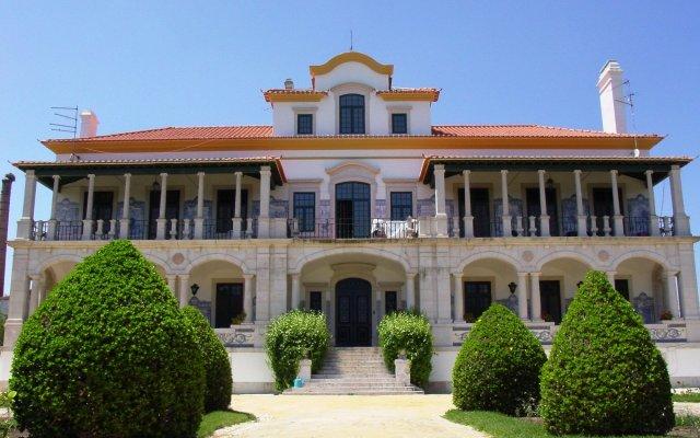 Отель Palacio De Rio Frio вид на фасад