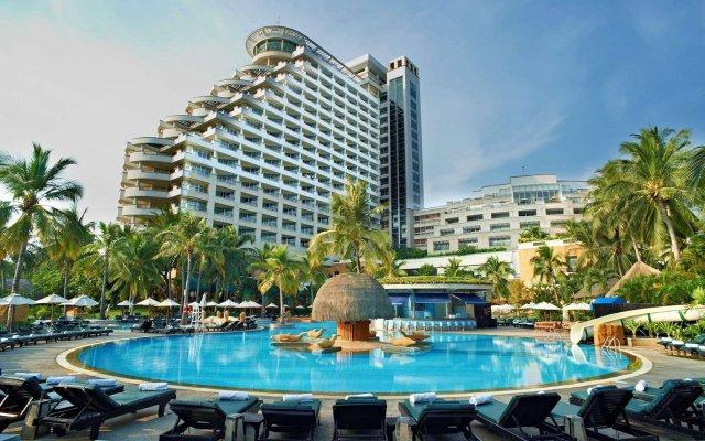 Отель Hilton Hua Hin Resort & Spa вид на фасад