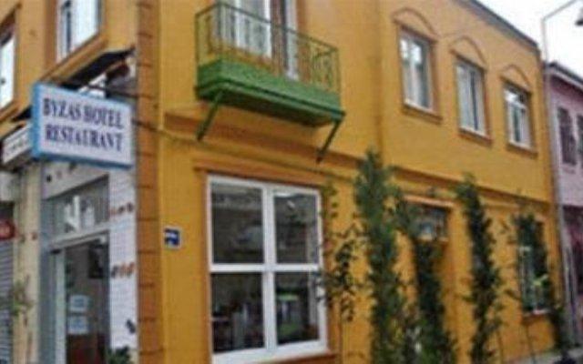 The Byzas Hotel - Guest House Стамбул вид на фасад