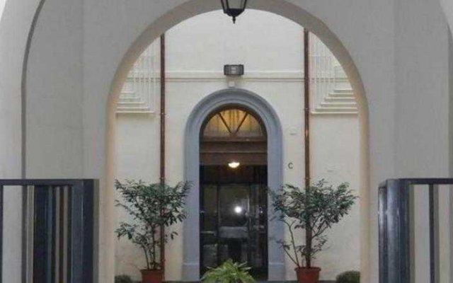 Отель Relais Colosseum 226 Рим вид на фасад