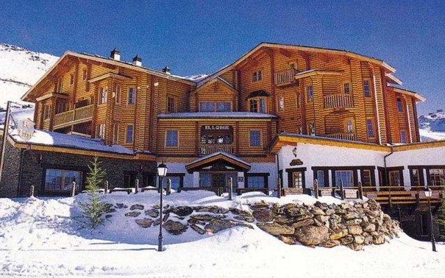 Отель El Lodge, Ski & Spa вид на фасад