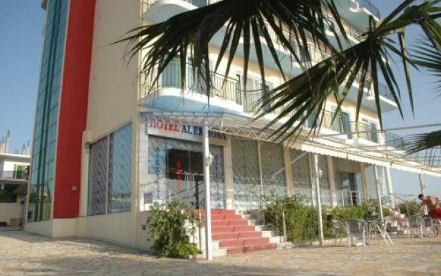 Hotel Aleksiona Голем вид на фасад