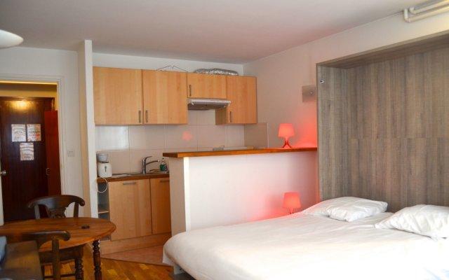 Отель Résidence Aurmat Булонь-Бийанкур комната для гостей