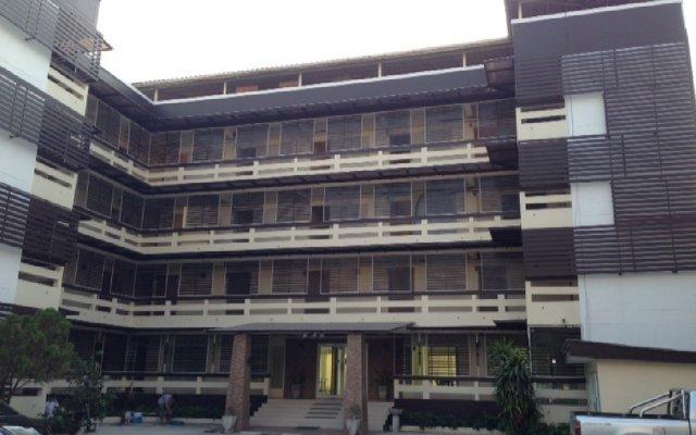 Отель PR Palace вид на фасад