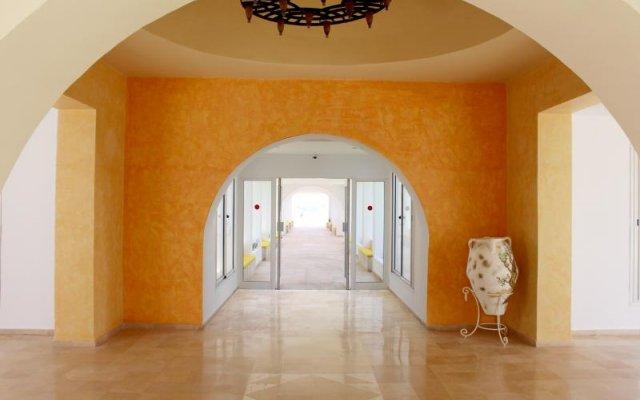 Отель Marine & Spa Resort Тунис, Мидун - отзывы, цены и фото номеров - забронировать отель Marine & Spa Resort онлайн интерьер отеля