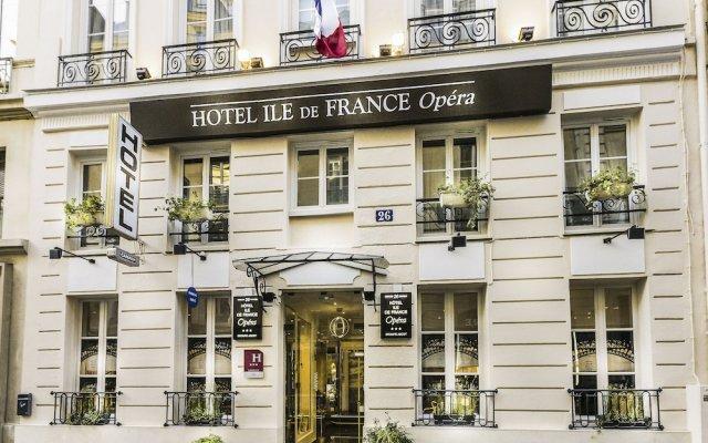 Отель Ile De France Opera Париж вид на фасад