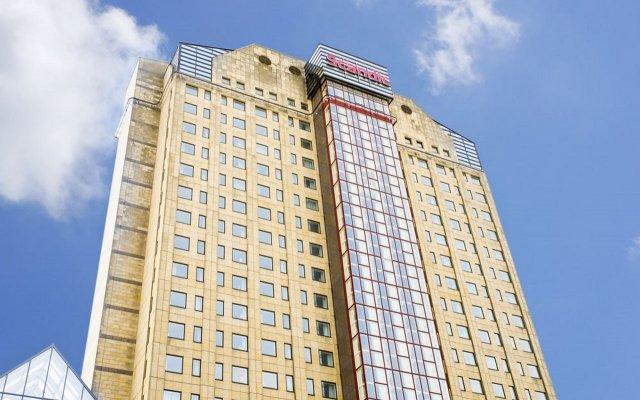 Отель Scandic Triangeln Швеция, Мальме - 1 отзыв об отеле, цены и фото номеров - забронировать отель Scandic Triangeln онлайн вид на фасад