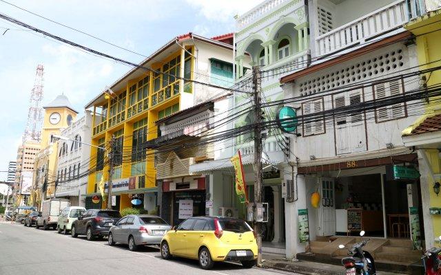 Best Stay Hostel Пхукет вид на фасад