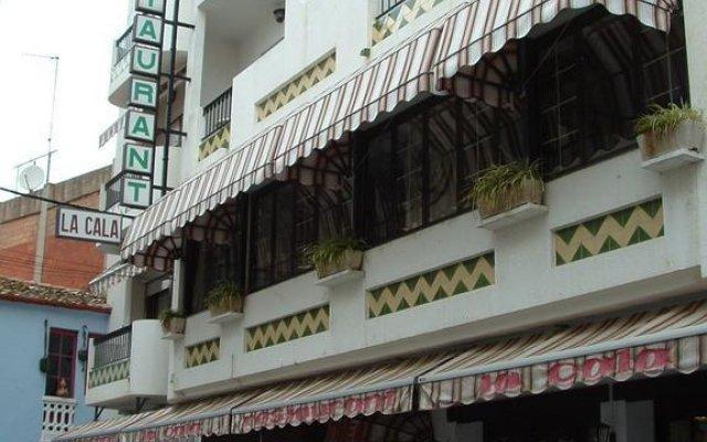 Отель La Cala Испания, Курорт Росес - отзывы, цены и фото номеров - забронировать отель La Cala онлайн вид на фасад