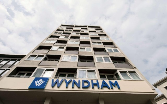 Wyndham Köln (ex. Best Western Grand City Hotel Köln) Кёльн вид на фасад