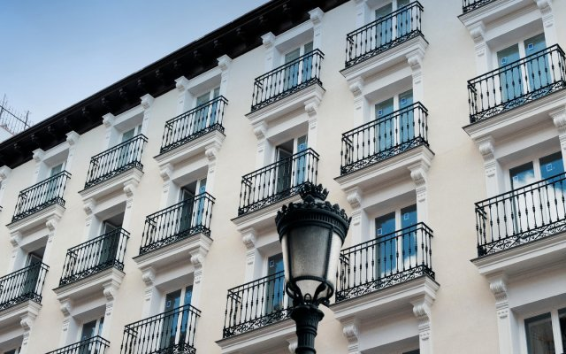 Апартаменты MH Apartments Central Madrid вид на фасад