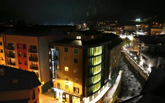 Hotel Metropolis 0