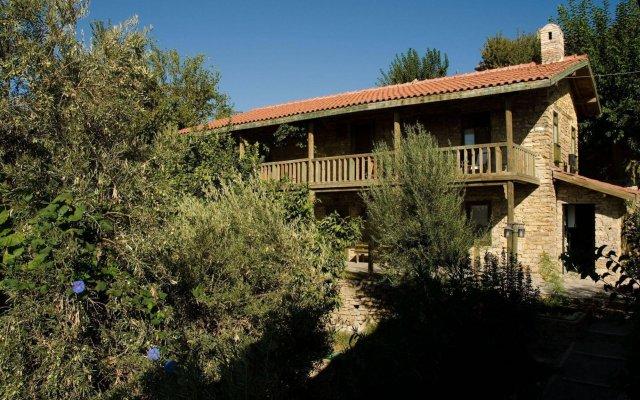 Отель Seki Cottages Сиде вид на фасад