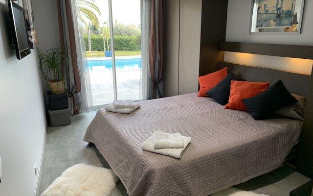 Отель Luxueuse et Confortable Villa sur Mer Франция, Ницца - отзывы, цены и фото номеров - забронировать отель Luxueuse et Confortable Villa sur Mer онлайн вид на фасад