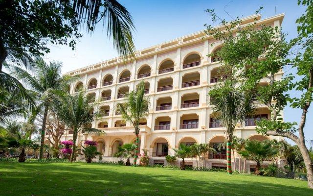 Sunny Beach Resort and Spa