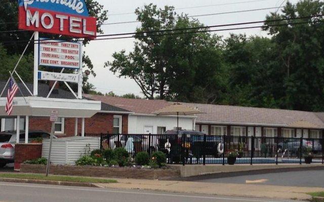 Отель Moonlite Motel США, Ниагара-Фолс - отзывы, цены и фото номеров - забронировать отель Moonlite Motel онлайн вид на фасад