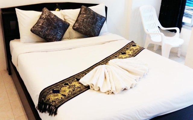 Отель Cafe' 66 House @ Patong Beach комната для гостей