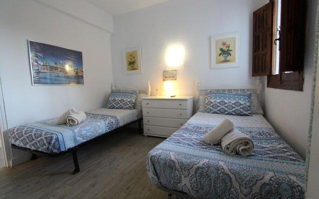 Отель Beachfront Bliss in Fuengirola Испания, Фуэнхирола - отзывы, цены и фото номеров - забронировать отель Beachfront Bliss in Fuengirola онлайн комната для гостей